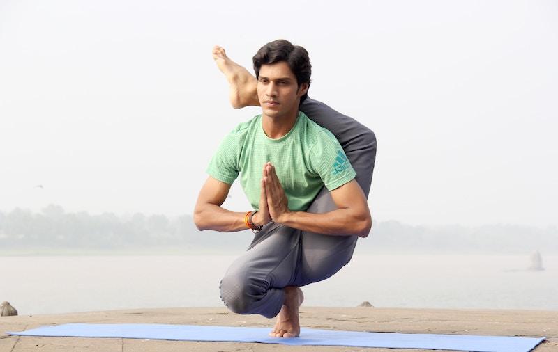 誰でも簡単にできる柔軟体操の方法5選